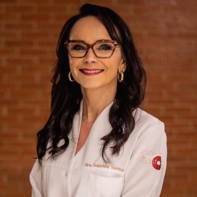 Dra. Gabriela Santos